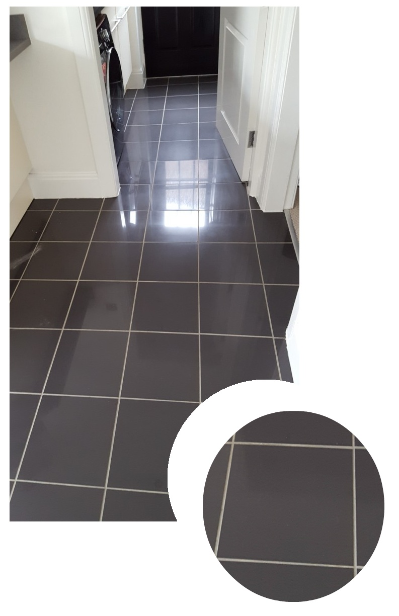 Kitchen tiles before cleaning and grout recolour in Warrington